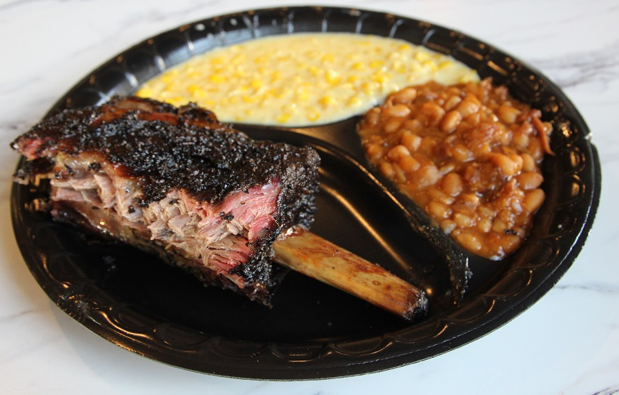 Beef rib plate at Killen's Barbecue
