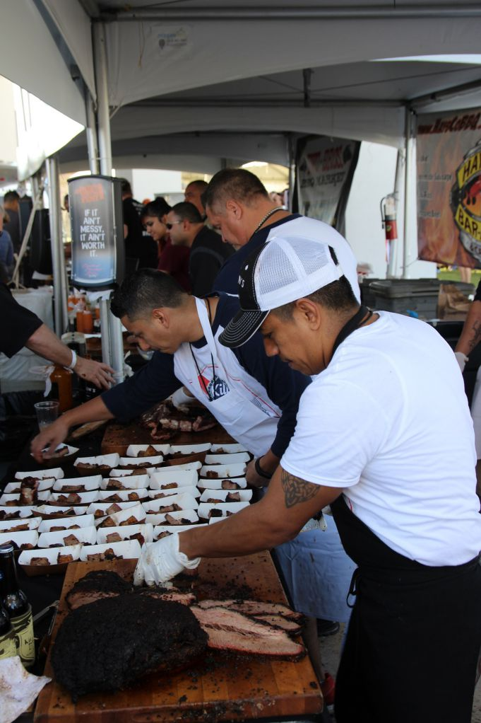 Killen's Barbecue samples at TMBBQ 2015