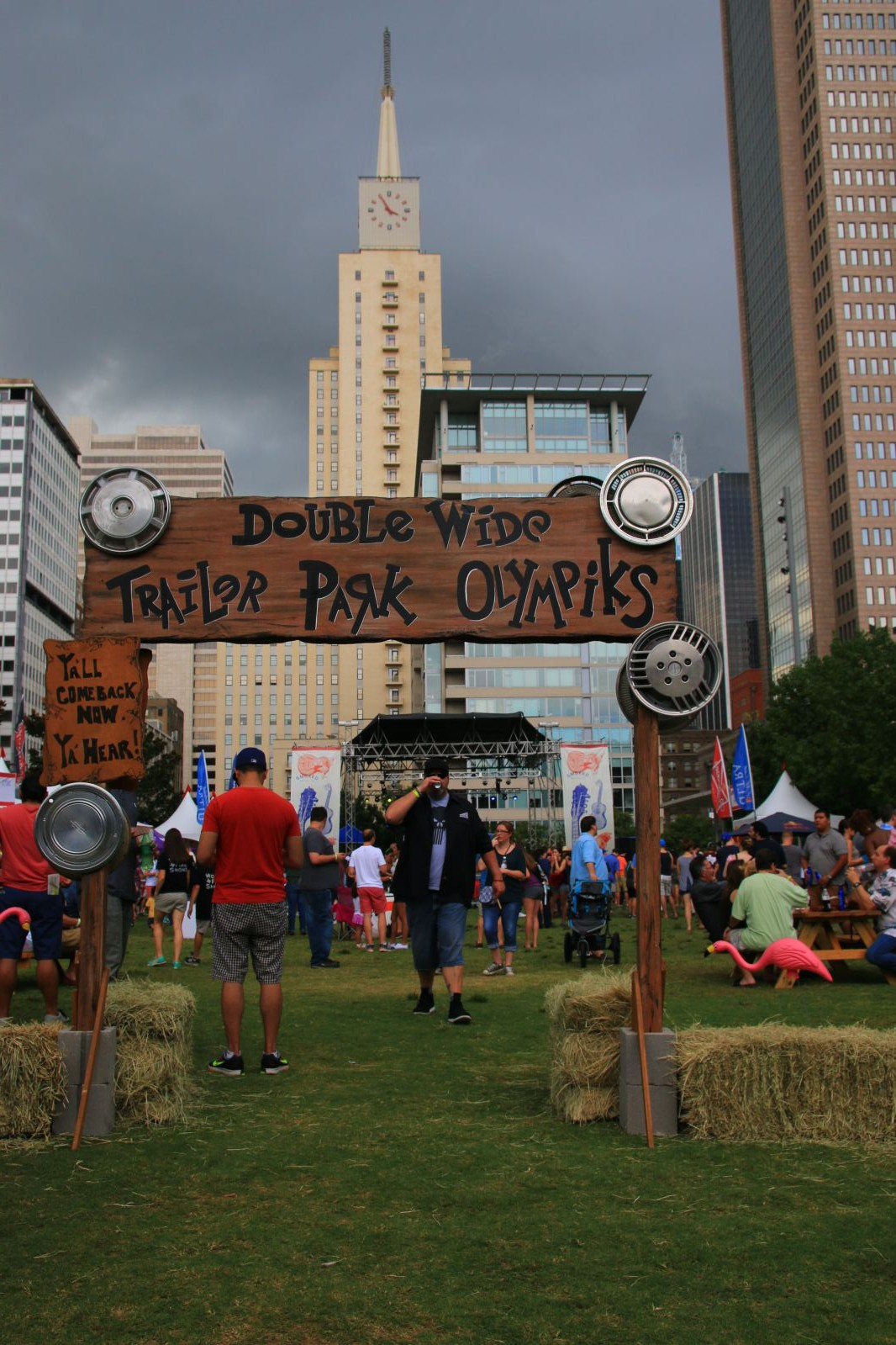 Doublewide presented the Trailer Park Olympics at Smoked Dallas 2016